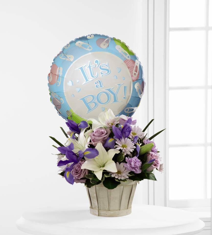 Arreglo Floral Con Iris Para Baby Shower