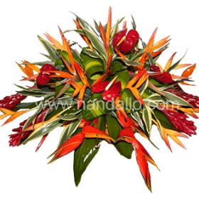 Arreglo floral con fúnebre con flores tropicales