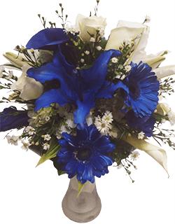Florero con flores azules