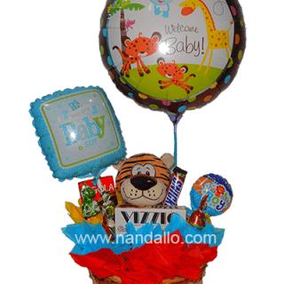 Arreglo de globos para baby shower niño