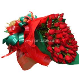Ramo floral de 100 rosas rojas