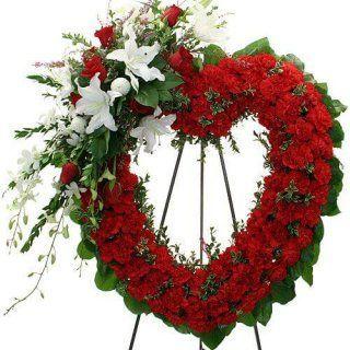 Corona en forma de corazón con rosas