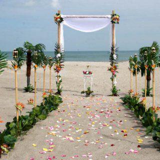 Decoración floral para boda en playa