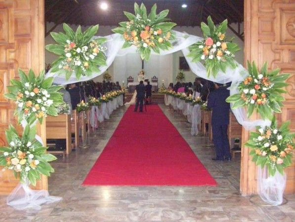 arcos florales para bodas