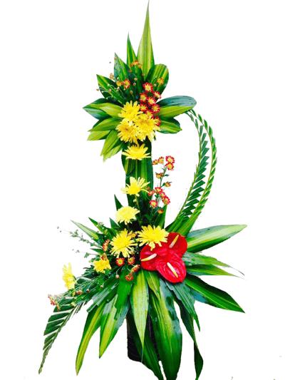 Elegante Arreglo De Dos Niveles Con Flores Tropicales