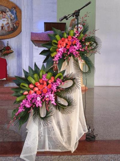 Arreglos Decorativos Con Rosas Y Orquídeas