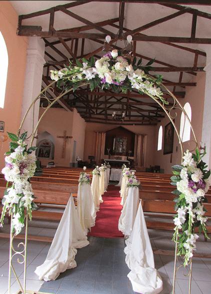 Arco para entrada de capilla Floristera Nandallo Costa Rica