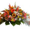 Tributo fúnebre de flores variadas
